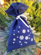 Dāvanu maisiņš tumši zils ar pārsliņām