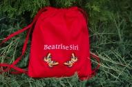 Sporta somiņa sarkana ar taureņiem un Vārdiņu